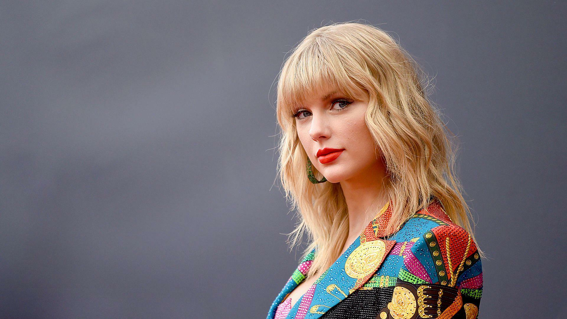 Taylor Swift: Most Recommended Books